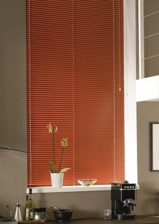 Russet Window blind