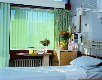 Green Hospital Window blind
