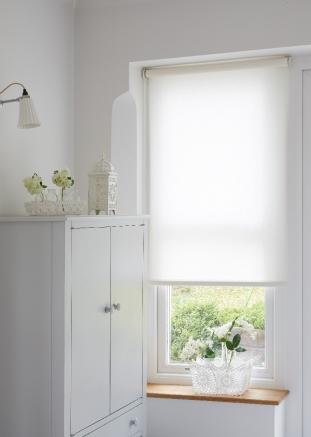 Lotus Vanilla Window blind