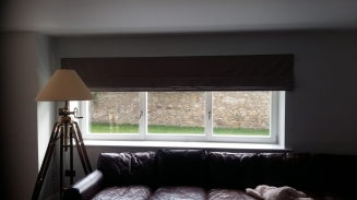 Extra Wide Roman Window blind