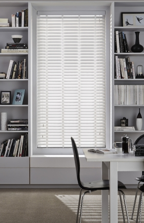 Fauxwood High Shine White Window blind