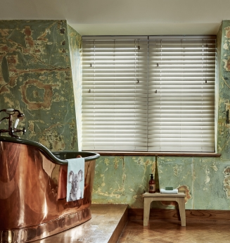 Fauxwood Greige Window blind